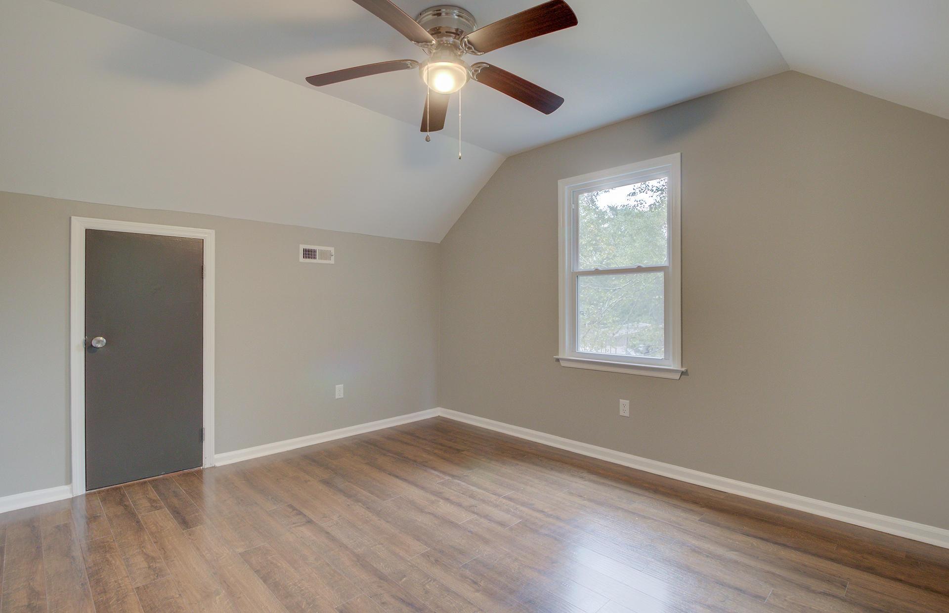 White Church Place Homes For Sale - 208 Glebe, Summerville, SC - 29