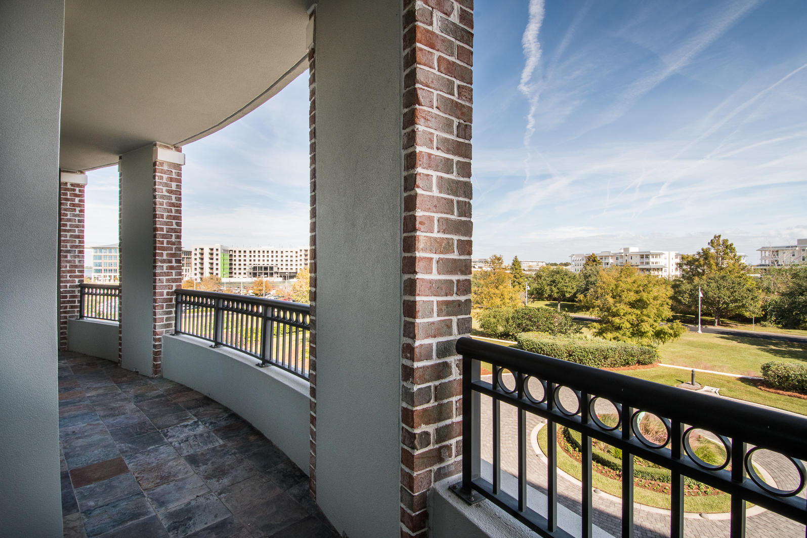 Renaissance On Chas Harbor Homes For Sale - 144 Plaza, Mount Pleasant, SC - 21