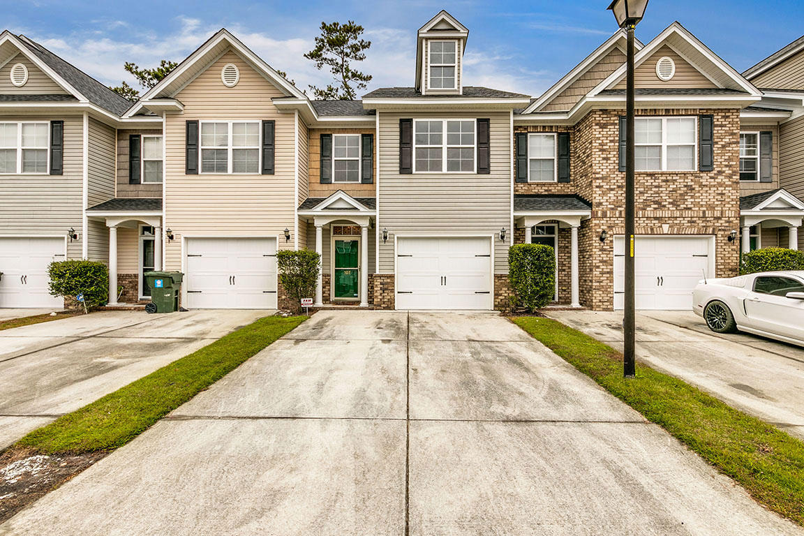 Berkeley Commons Townhomes Homes For Sale - 107 Lamplighter, Summerville, SC - 23