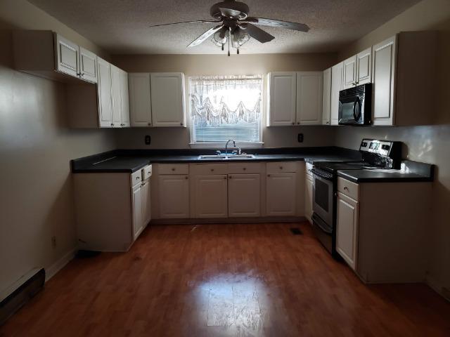 Cordesville Area Homes For Sale - 220 Allan Park, Moncks Corner, SC - 27