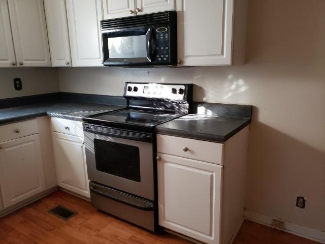 Cordesville Area Homes For Sale - 220 Allan Park, Moncks Corner, SC - 15