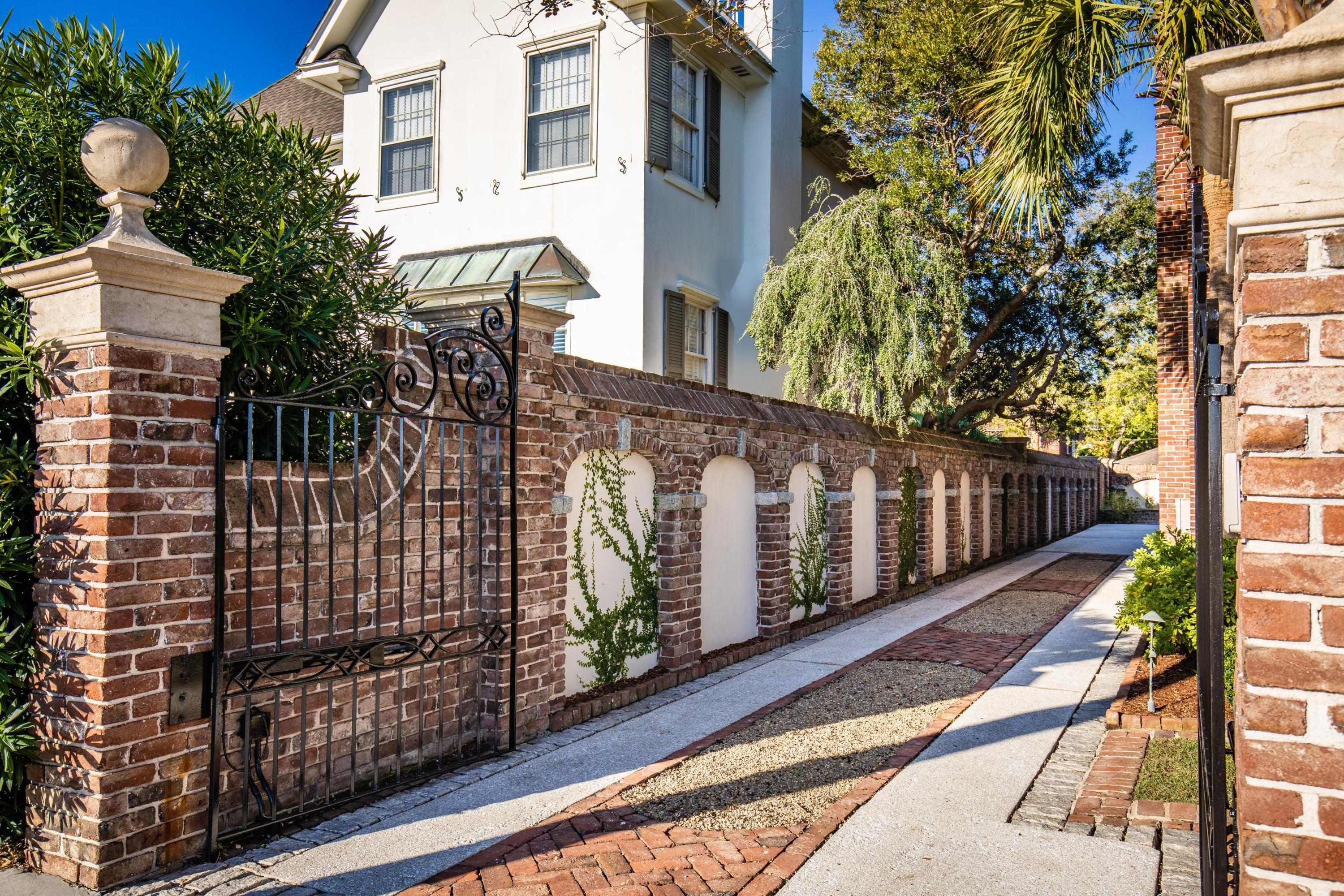 South of Broad Homes For Sale - 90 Murray, Charleston, SC - 32