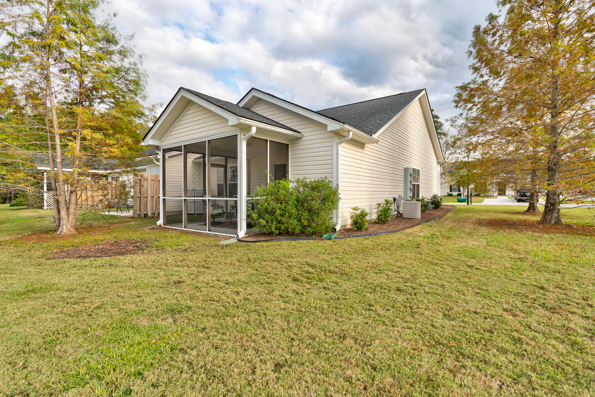 Oakbrook Commons Homes For Sale - 228 Hardee, Summerville, SC - 0