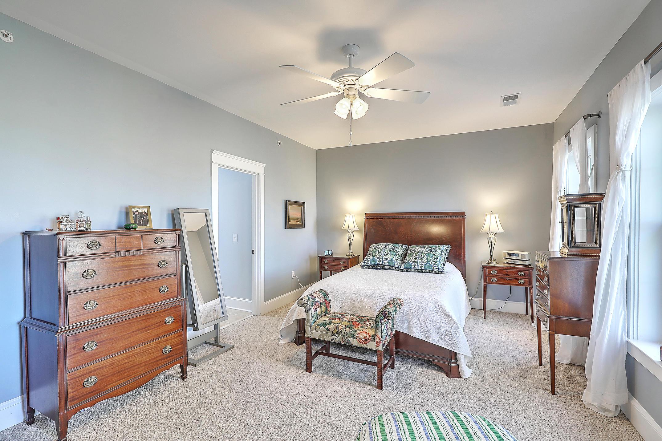 Etiwan Pointe Homes For Sale - 124 Winding Creek, Mount Pleasant, SC - 24