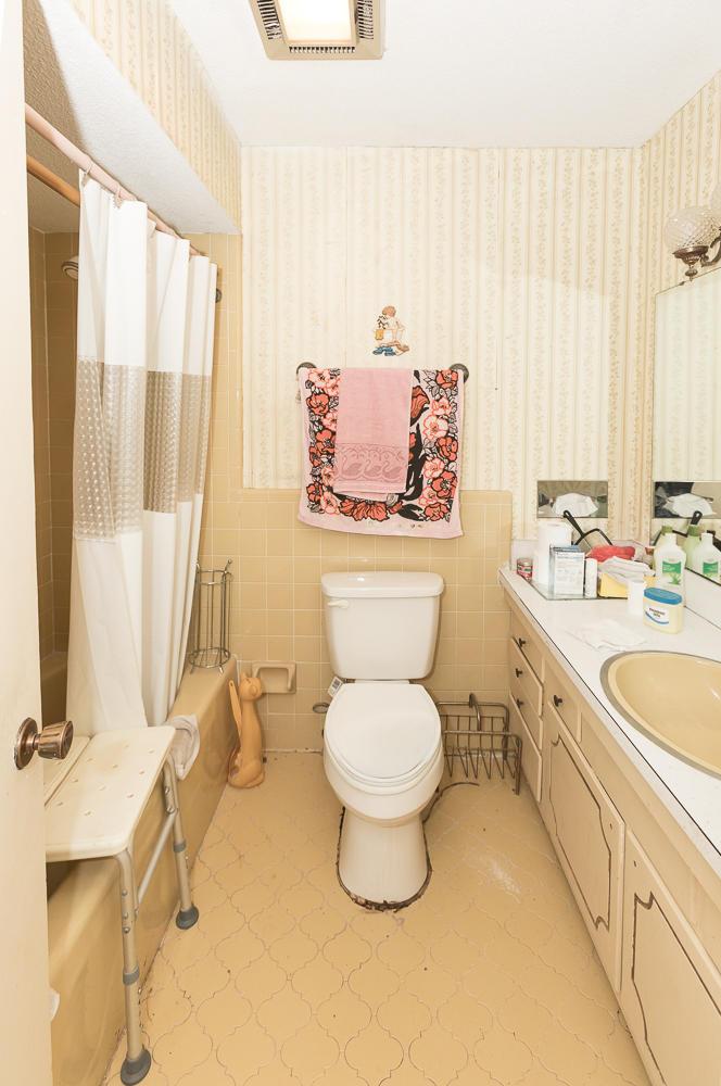 Wagener Terrace Homes For Sale - 35 Devereaux, Charleston, SC - 3