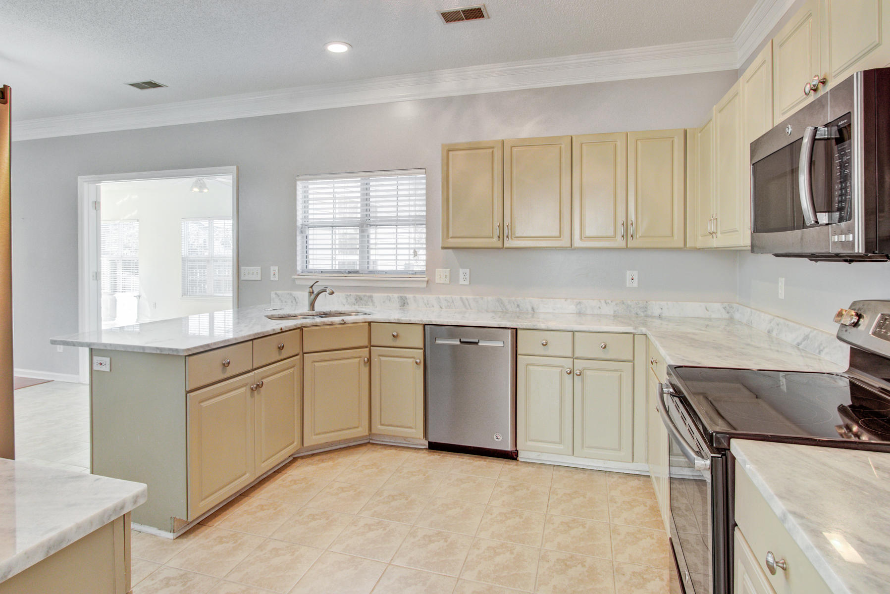 Village Green Homes For Sale - 3323 Hearthside, Charleston, SC - 1