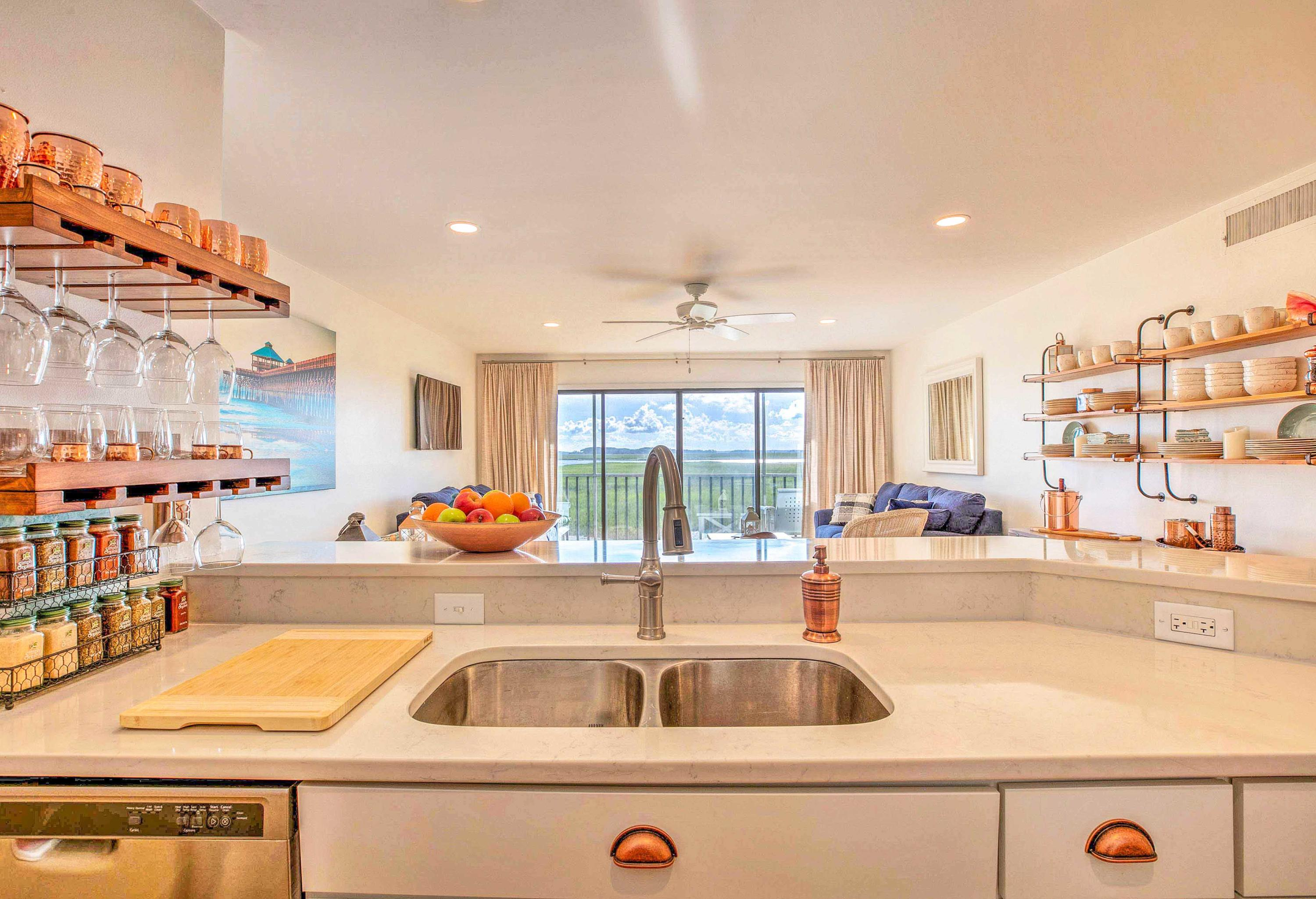 Mariners Cay Homes For Sale - 93 Mariners Cay, Folly Beach, SC - 38