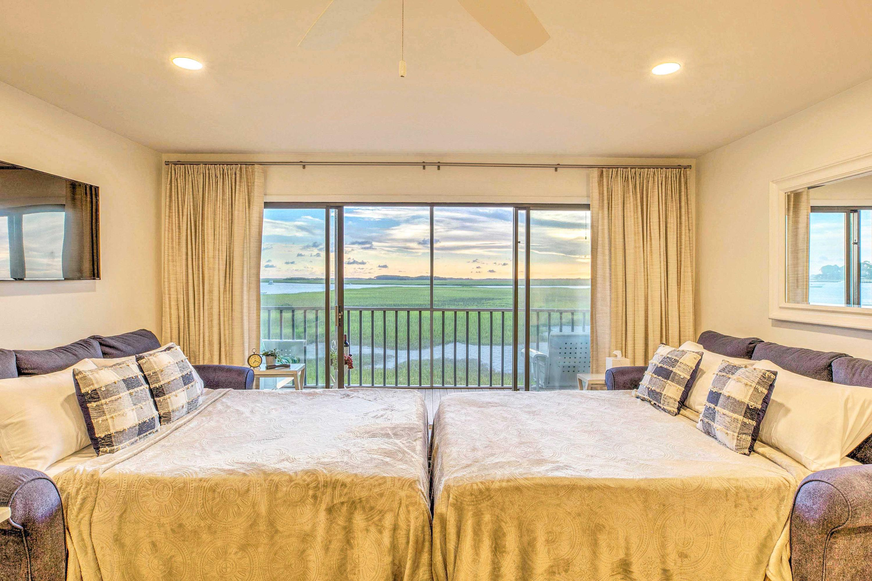 Mariners Cay Homes For Sale - 93 Mariners Cay, Folly Beach, SC - 26