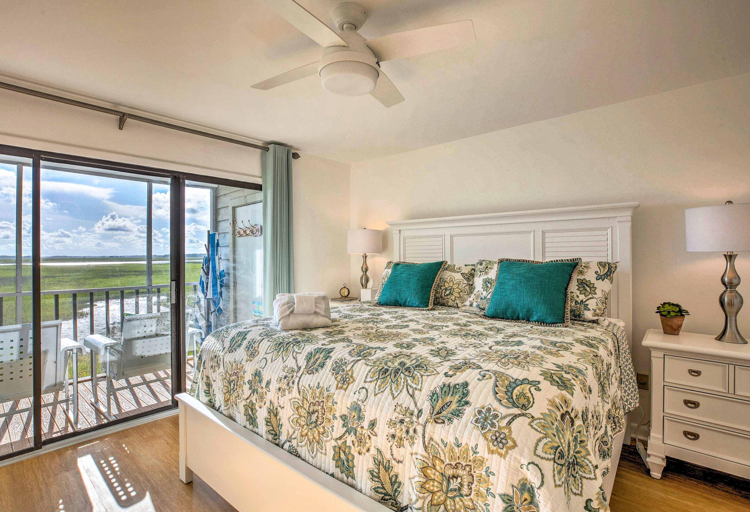 Mariners Cay Homes For Sale - 93 Mariners Cay, Folly Beach, SC - 22