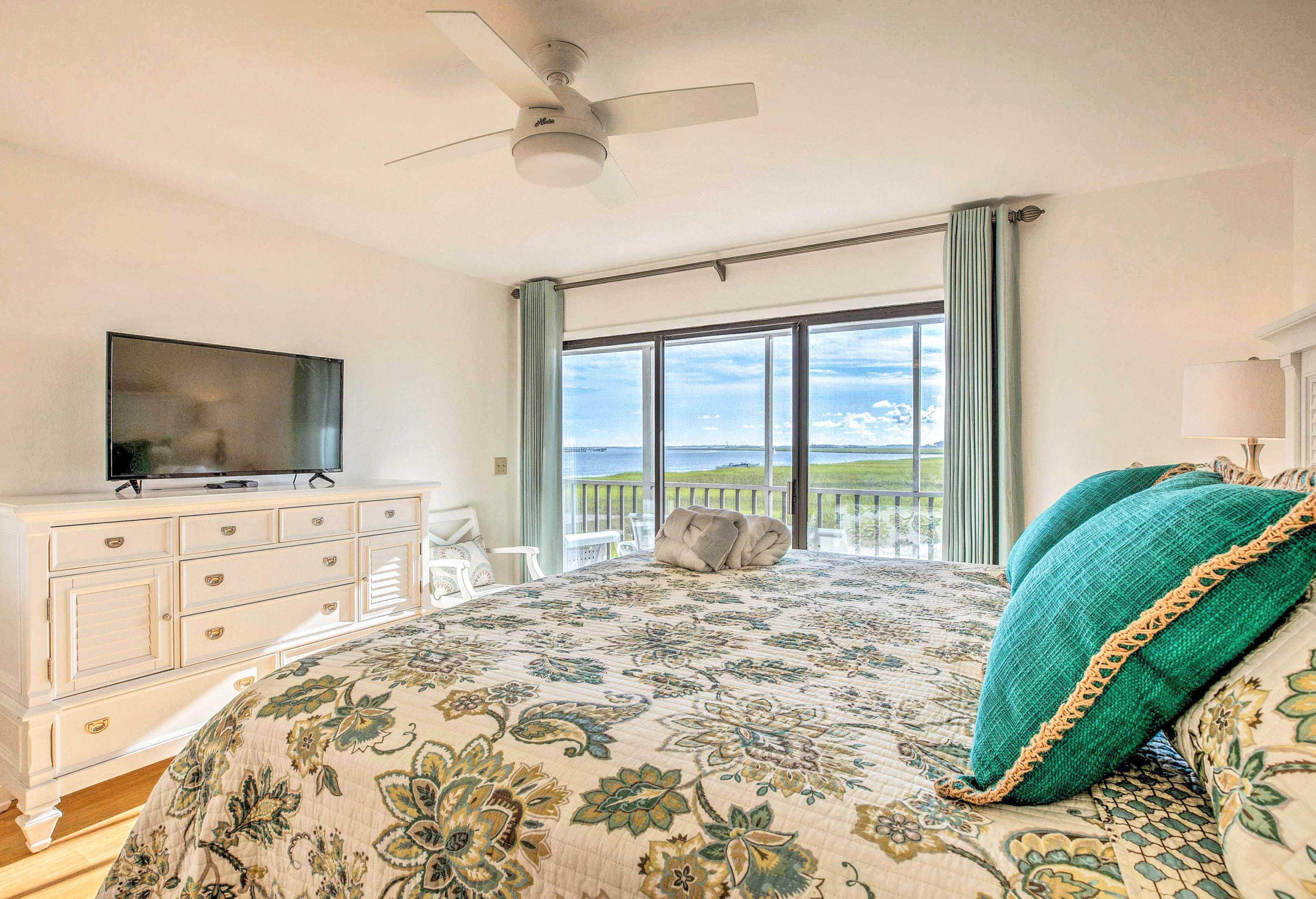 Mariners Cay Homes For Sale - 93 Mariners Cay, Folly Beach, SC - 21