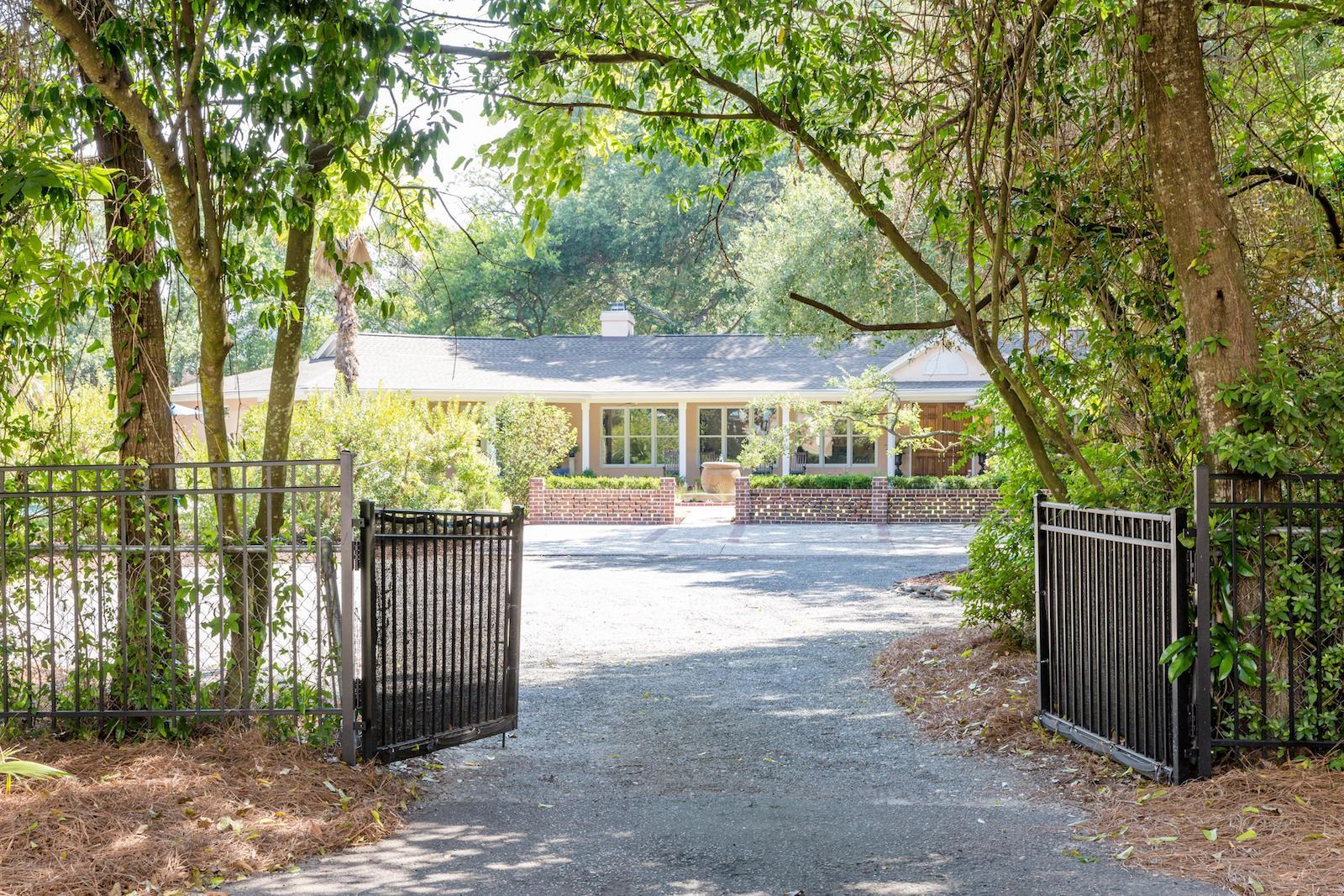 Old Village Homes For Sale - 424 Greenwich, Mount Pleasant, SC - 0