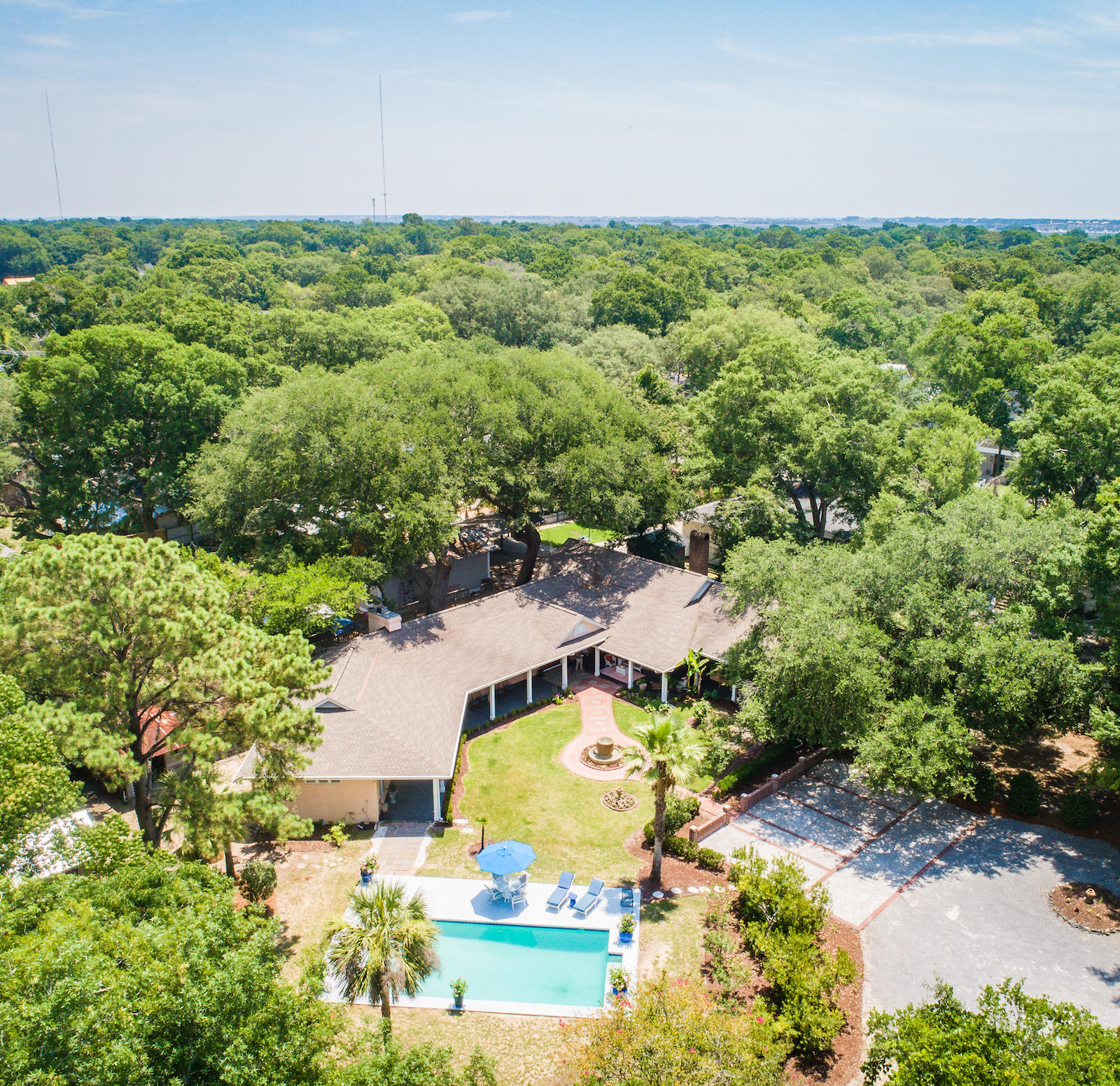 Old Village Homes For Sale - 424 Greenwich, Mount Pleasant, SC - 2