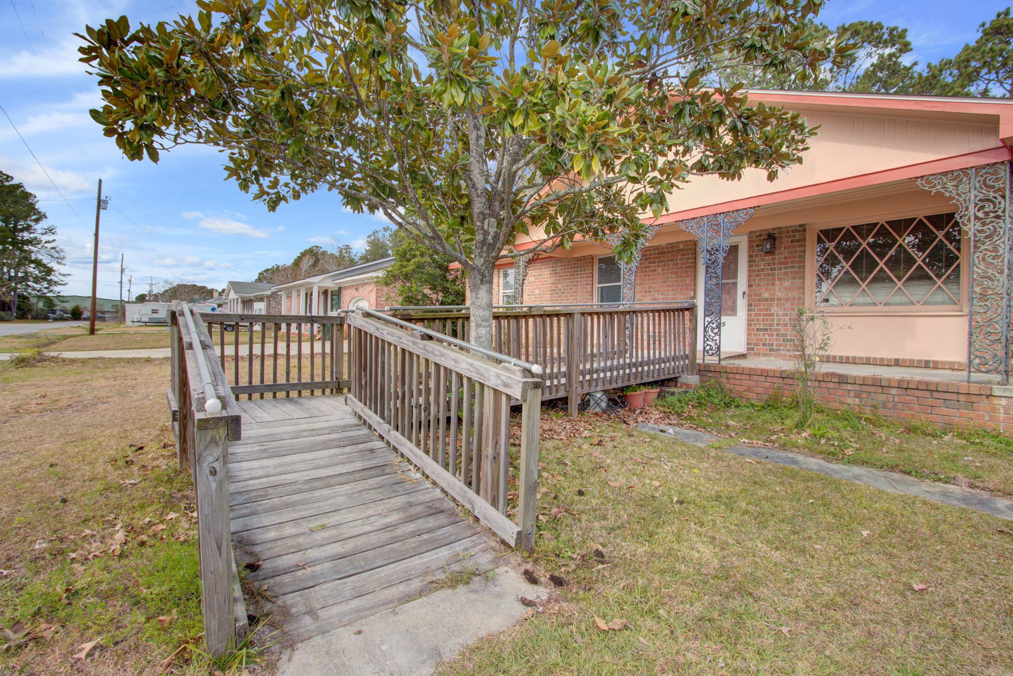 Bushy Park Terrace Homes For Sale - 125 Azalea, Goose Creek, SC - 1