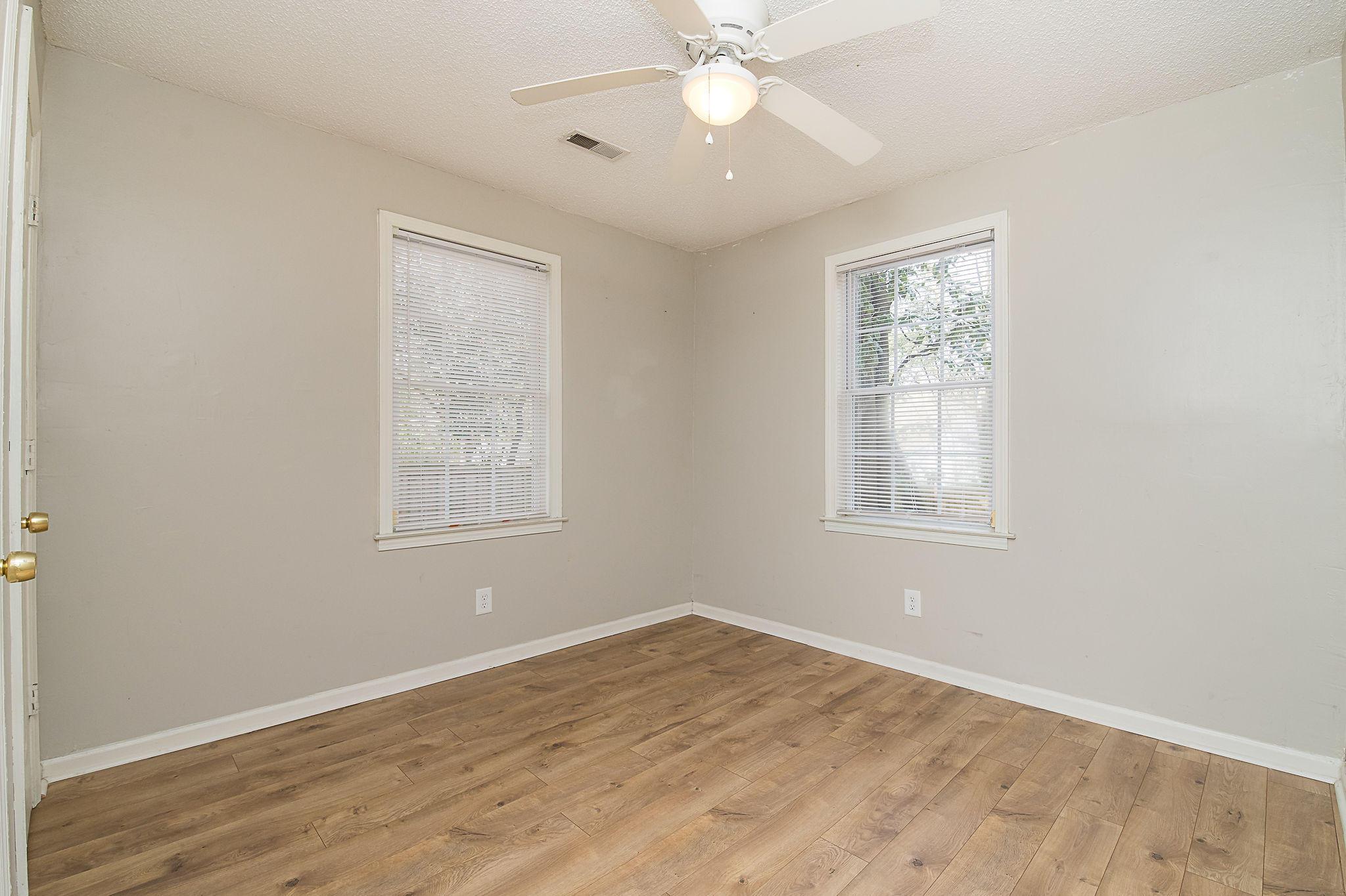 Edgewood Homes For Sale - 4071 Saint Johns, North Charleston, SC - 10