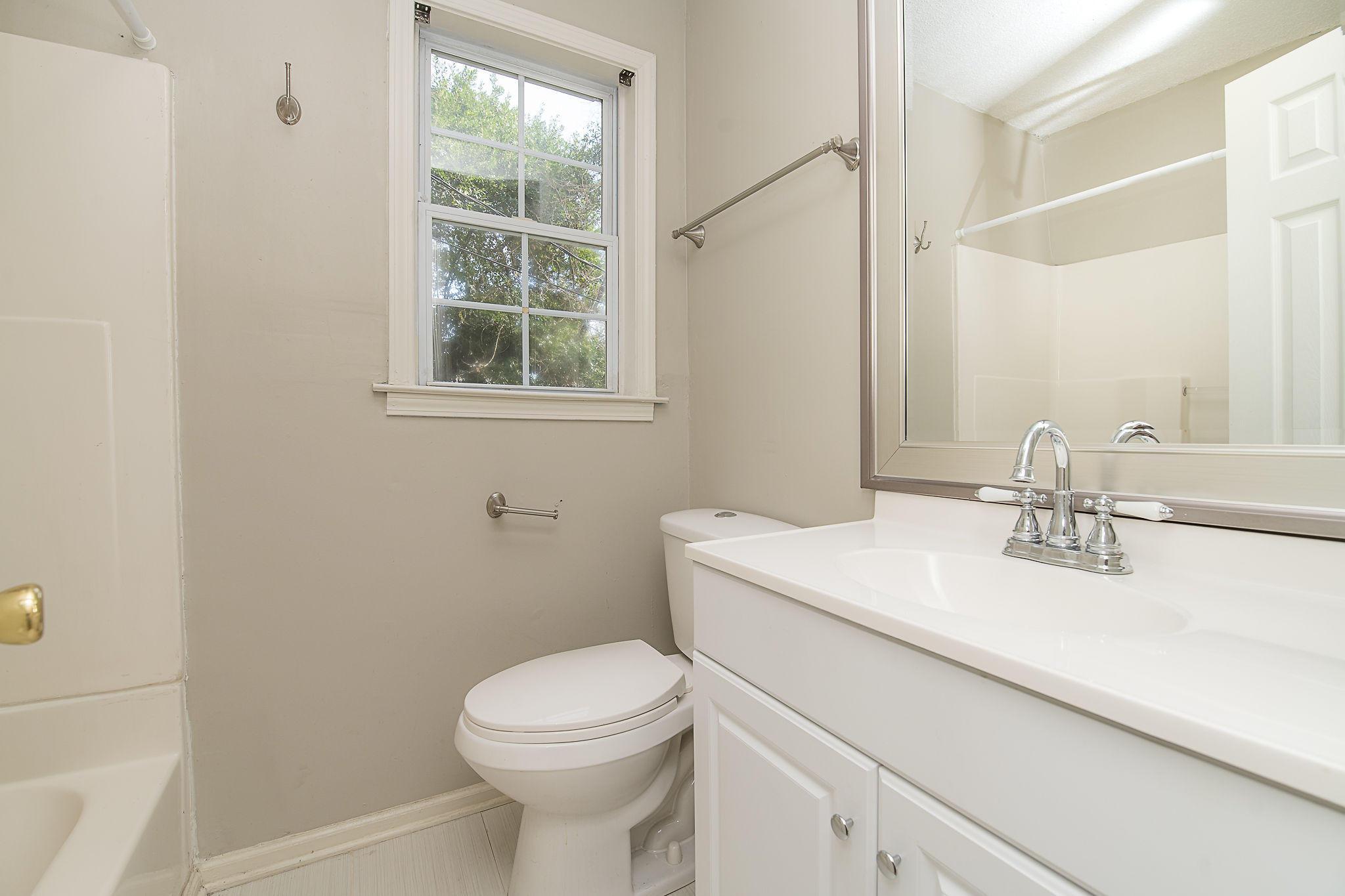 Edgewood Homes For Sale - 4071 Saint Johns, North Charleston, SC - 13