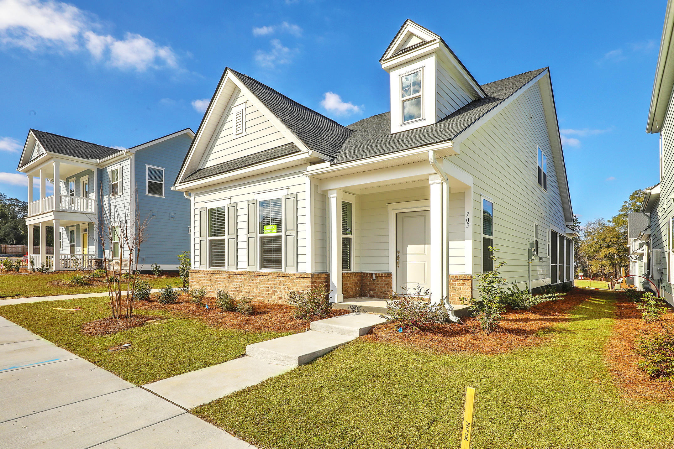 The Marshes at Cooper River Homes For Sale - 300 Spring Hollow, Charleston, SC - 4