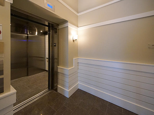 Tides IV Condominiums Homes For Sale - 155 Wingo Way, Mount Pleasant, SC - 29