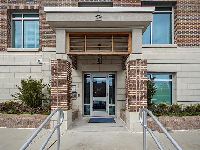 Tides IV Condominiums Homes For Sale - 155 Wingo Way, Mount Pleasant, SC - 13
