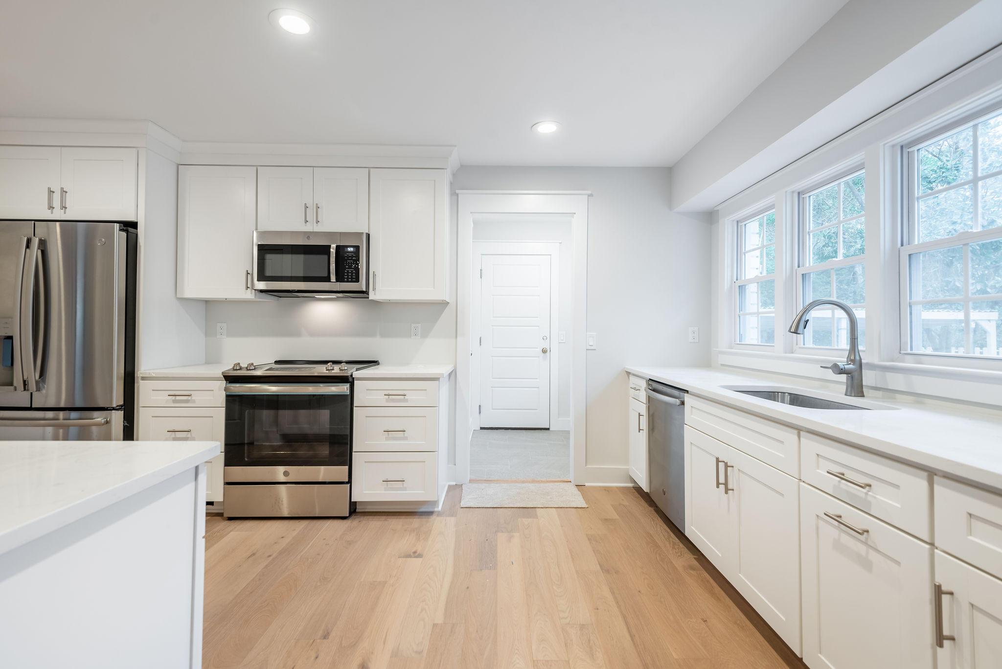 Cooper Estates Homes For Sale - 962 Cummings, Mount Pleasant, SC - 4