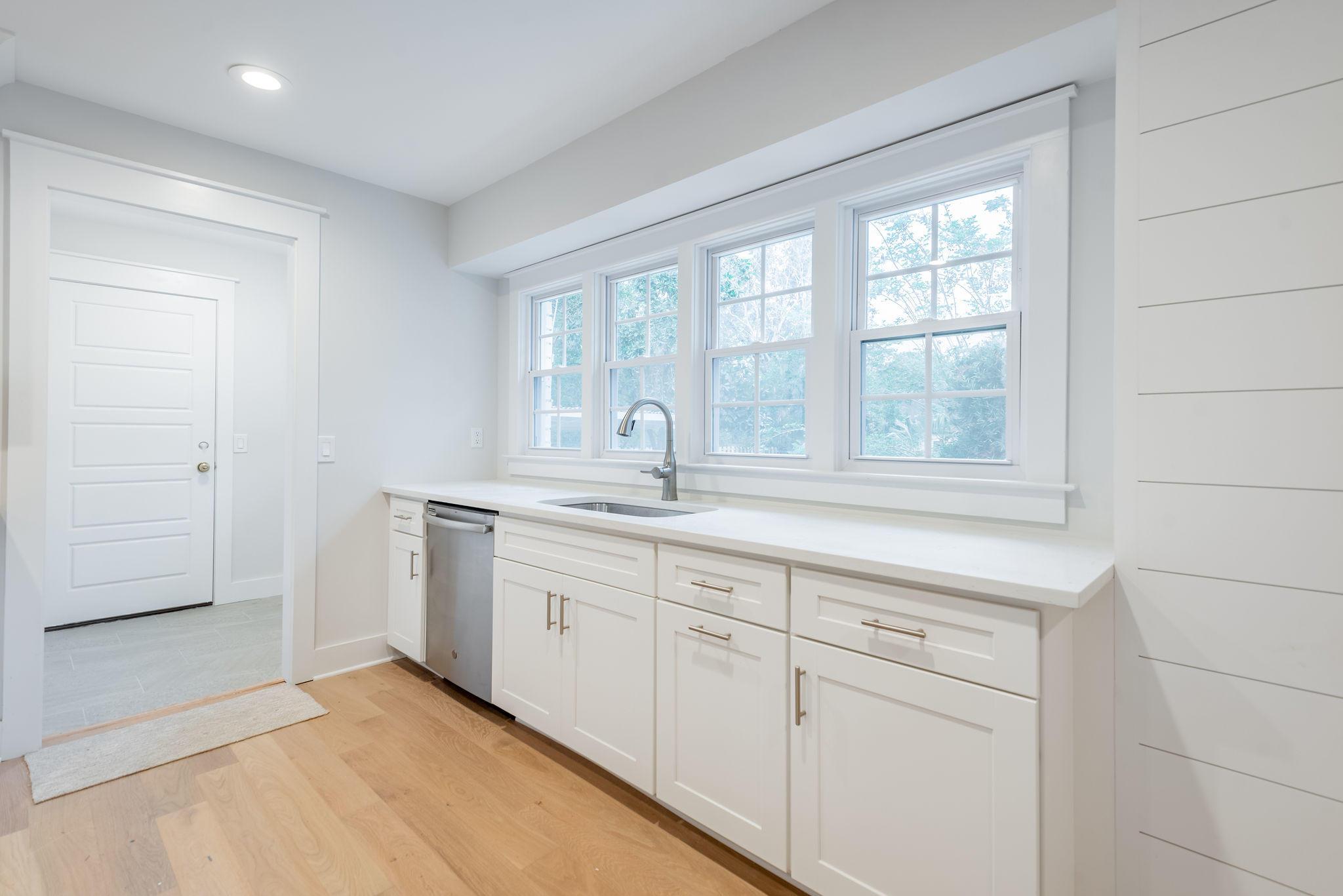 Cooper Estates Homes For Sale - 962 Cummings, Mount Pleasant, SC - 8