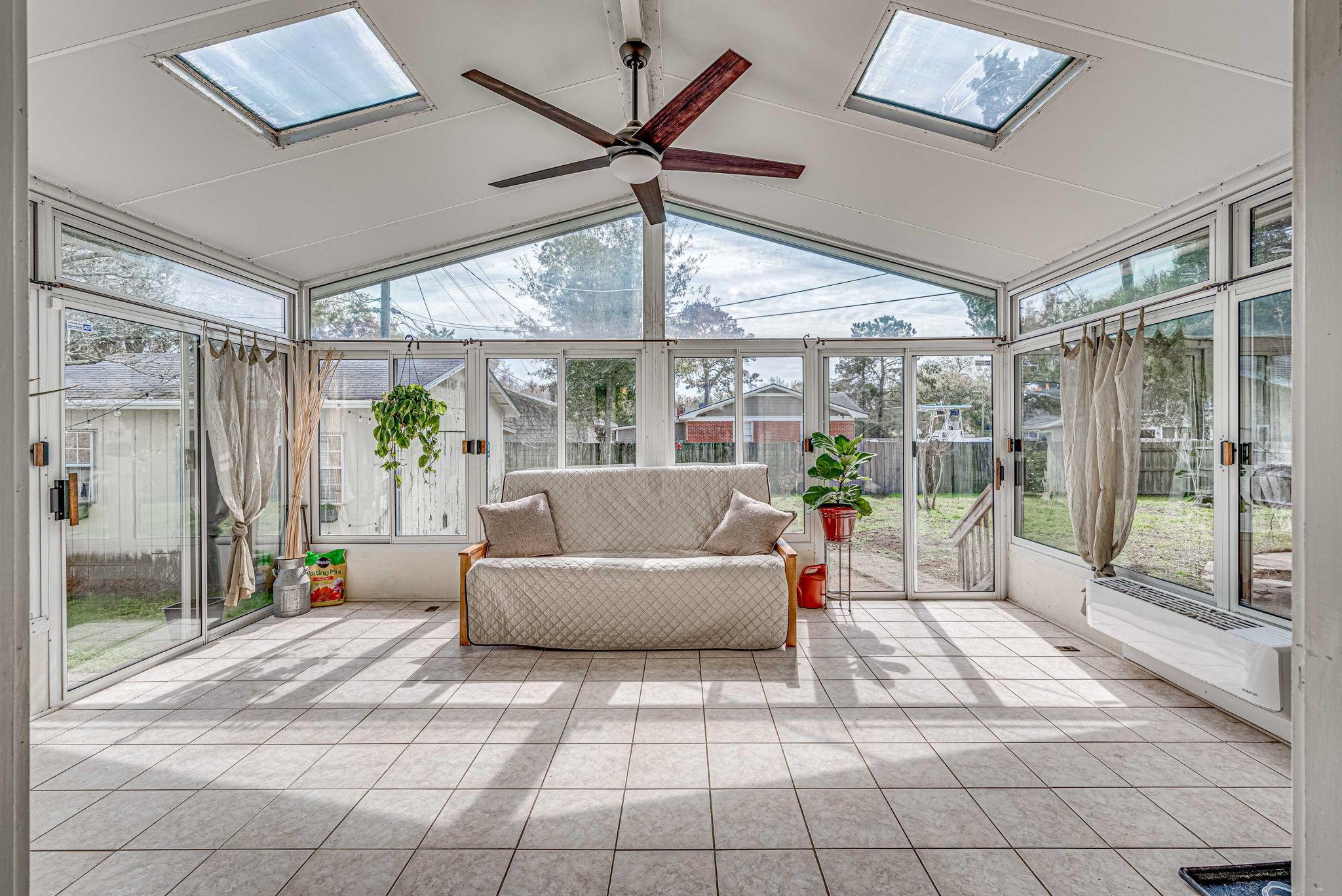 Farmington Homes For Sale - 1321 Honeysuckle, Charleston, SC - 16