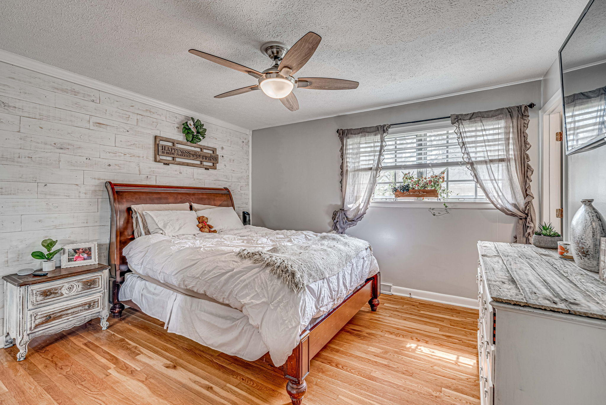 Farmington Homes For Sale - 1321 Honeysuckle, Charleston, SC - 5