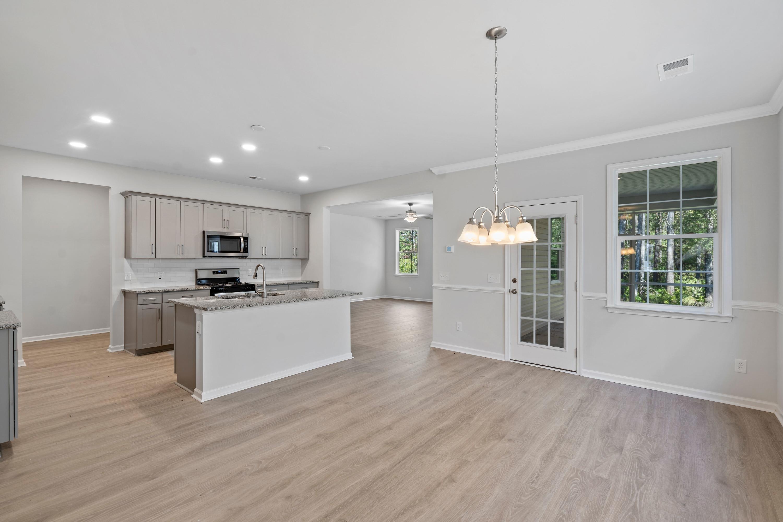 Hampton Woods Homes For Sale - 8 Mcclellan, Summerville, SC - 16