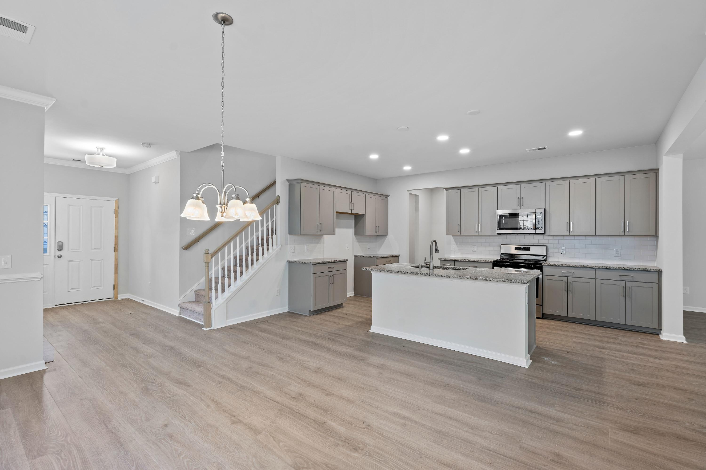 Hampton Woods Homes For Sale - 8 Mcclellan, Summerville, SC - 54
