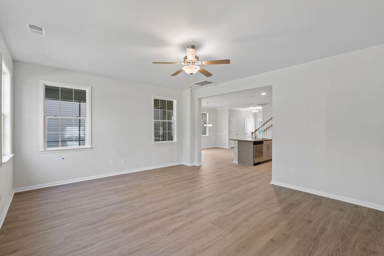 Hampton Woods Homes For Sale - 8 Mcclellan, Summerville, SC - 9