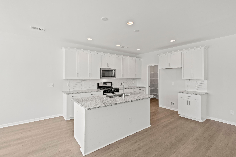 Hampton Woods Homes For Sale - 5 Mcclellan, Summerville, SC - 68