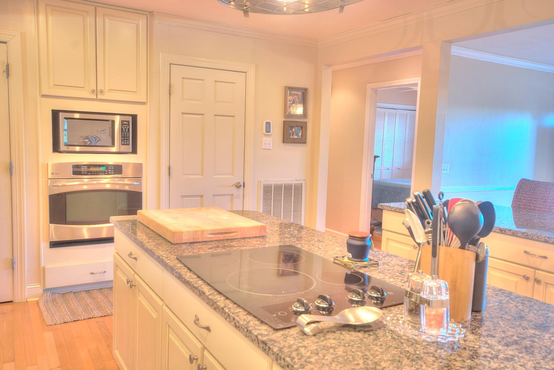 Capri Isles Homes For Sale - 213 Wappoo, Charleston, SC - 35