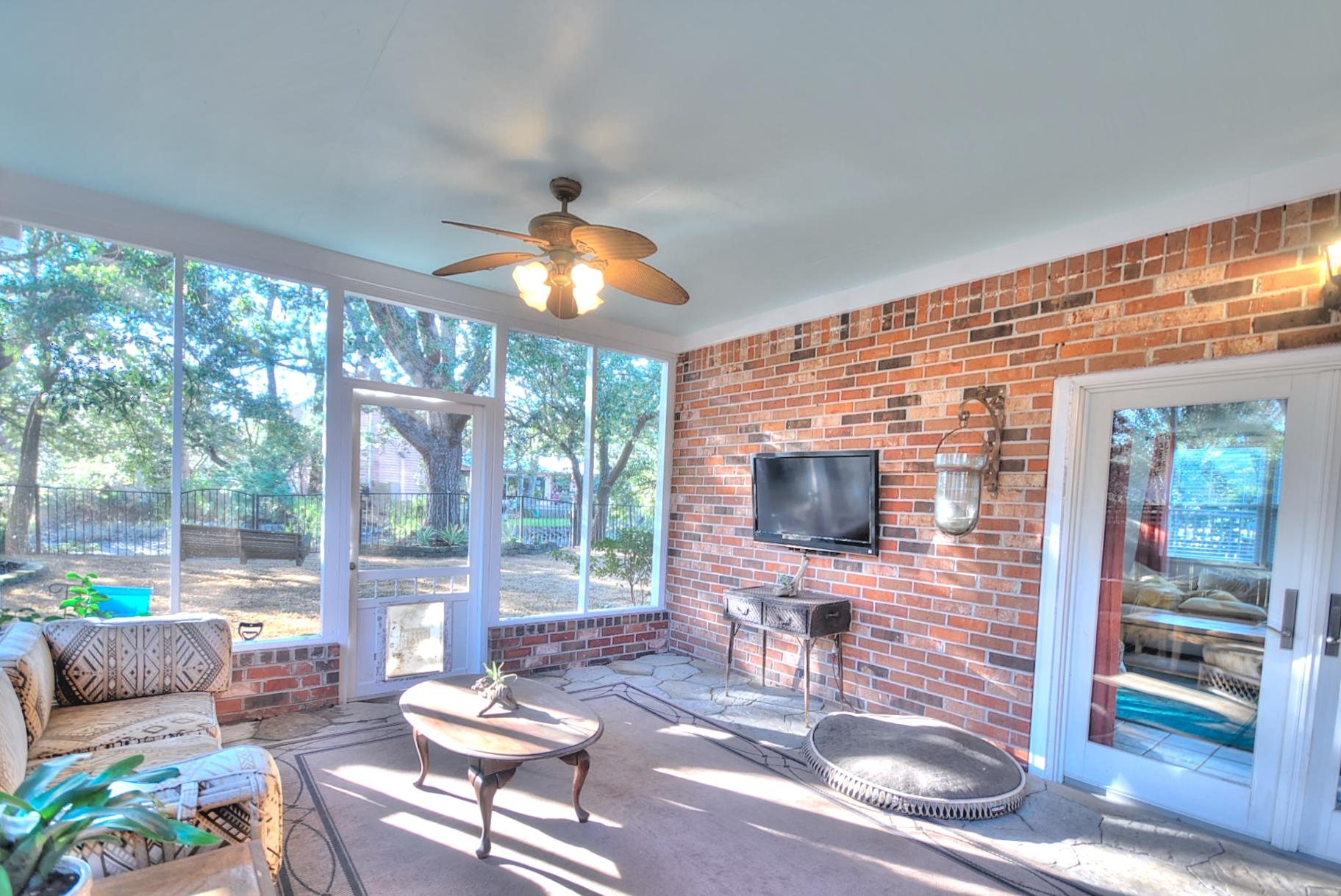 Capri Isles Homes For Sale - 213 Wappoo, Charleston, SC - 11