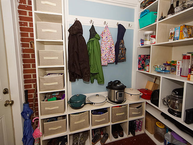 Ashley Forest Homes For Sale - 101 Live Oak, Charleston, SC - 7