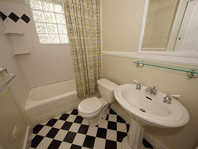 Ashley Forest Homes For Sale - 101 Live Oak, Charleston, SC - 11