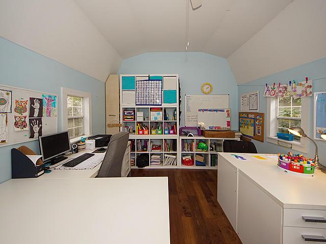 Ashley Forest Homes For Sale - 101 Live Oak, Charleston, SC - 18