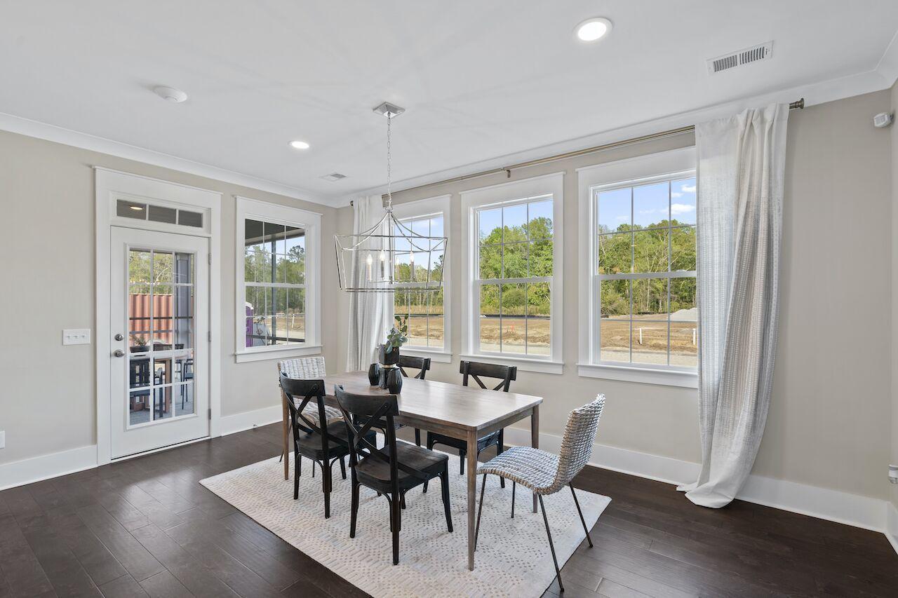 Hampton Woods Homes For Sale - 8 Mcclellan, Summerville, SC - 59