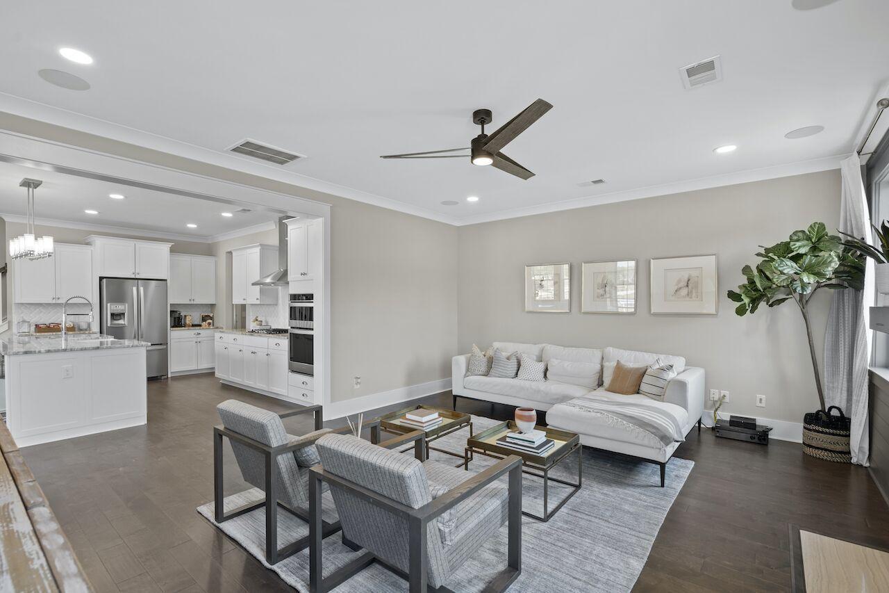Hampton Woods Homes For Sale - 8 Mcclellan, Summerville, SC - 5