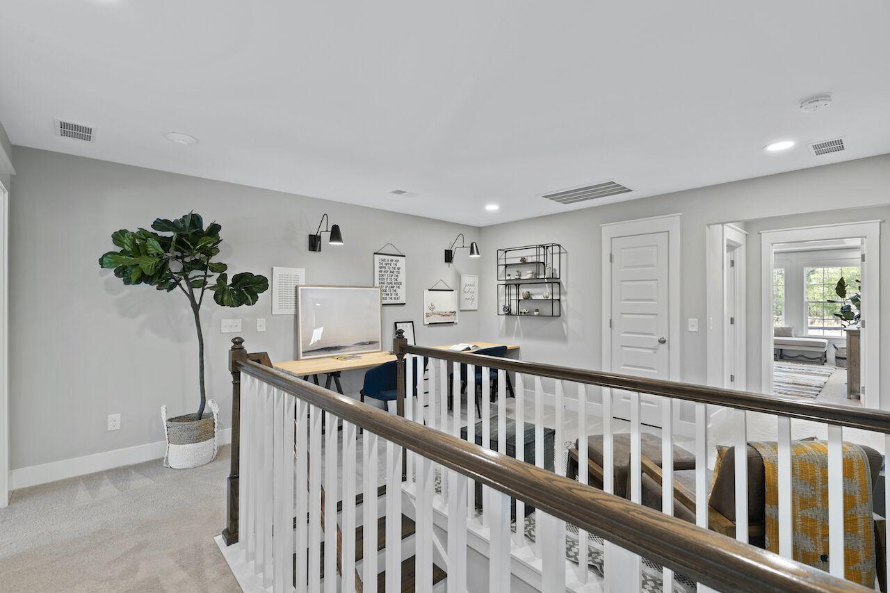 Hampton Woods Homes For Sale - 8 Mcclellan, Summerville, SC - 3