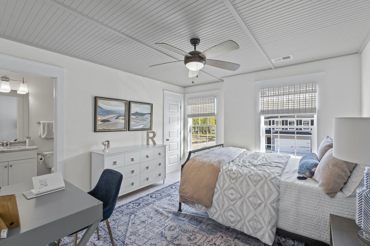 Hampton Woods Homes For Sale - 8 Mcclellan, Summerville, SC - 1