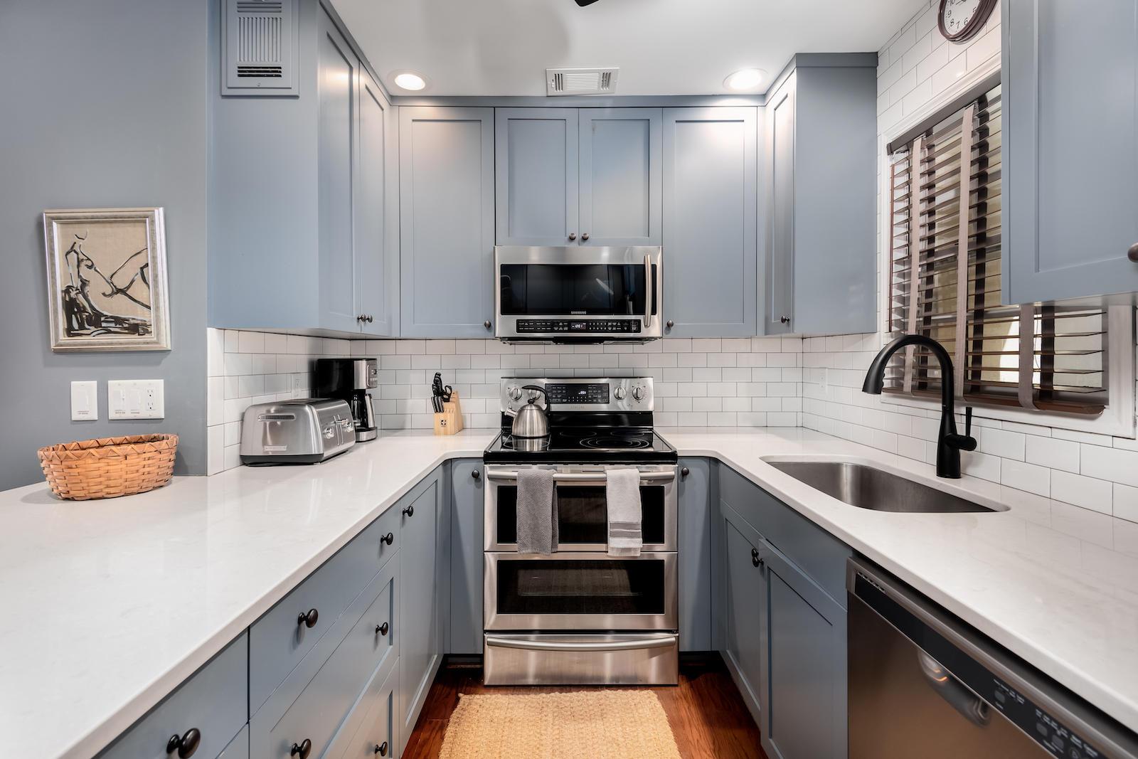 Harleston Village Homes For Sale - 15 Horlbeck, Charleston, SC - 1