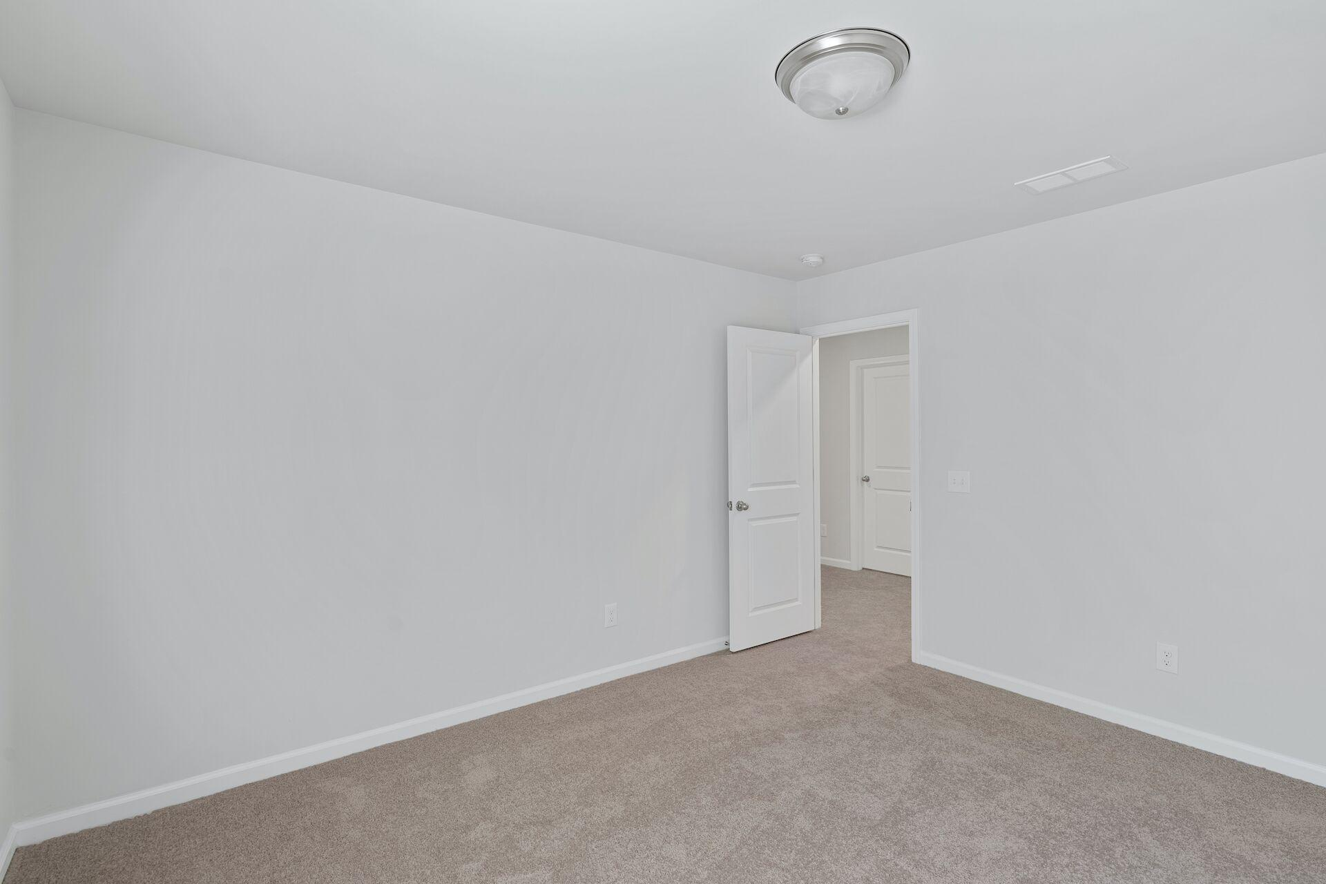 Hampton Woods Homes For Sale - 5 Mcclellan, Summerville, SC - 7