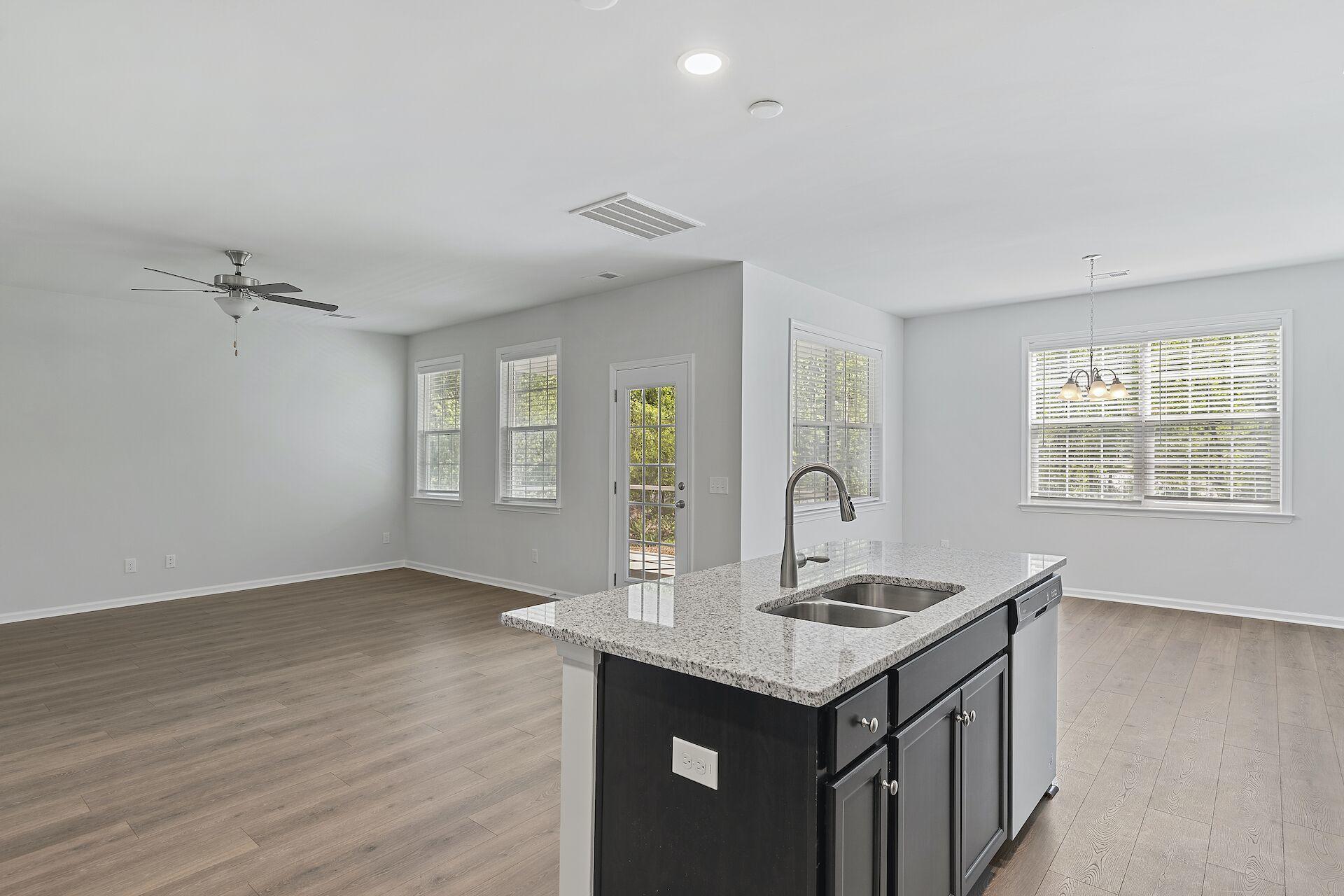 Hampton Woods Homes For Sale - 5 Mcclellan, Summerville, SC - 2