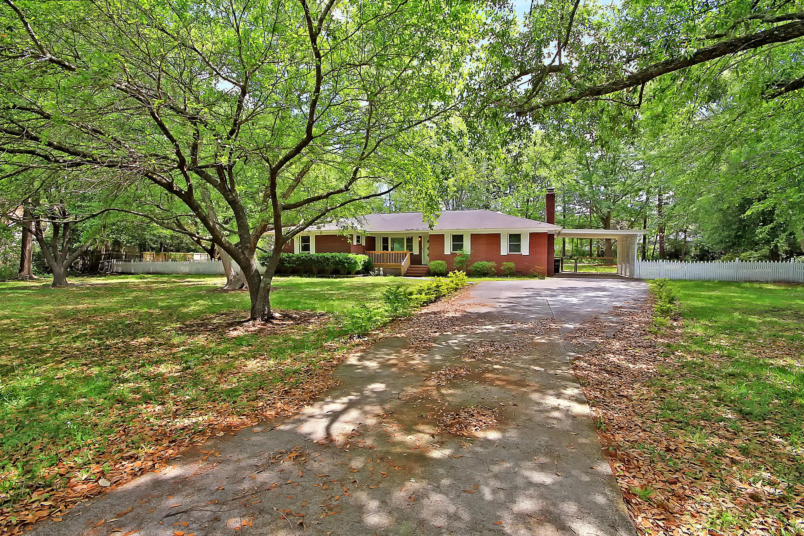 Millwood Homes For Sale - 201 Wilson, Summerville, SC - 29