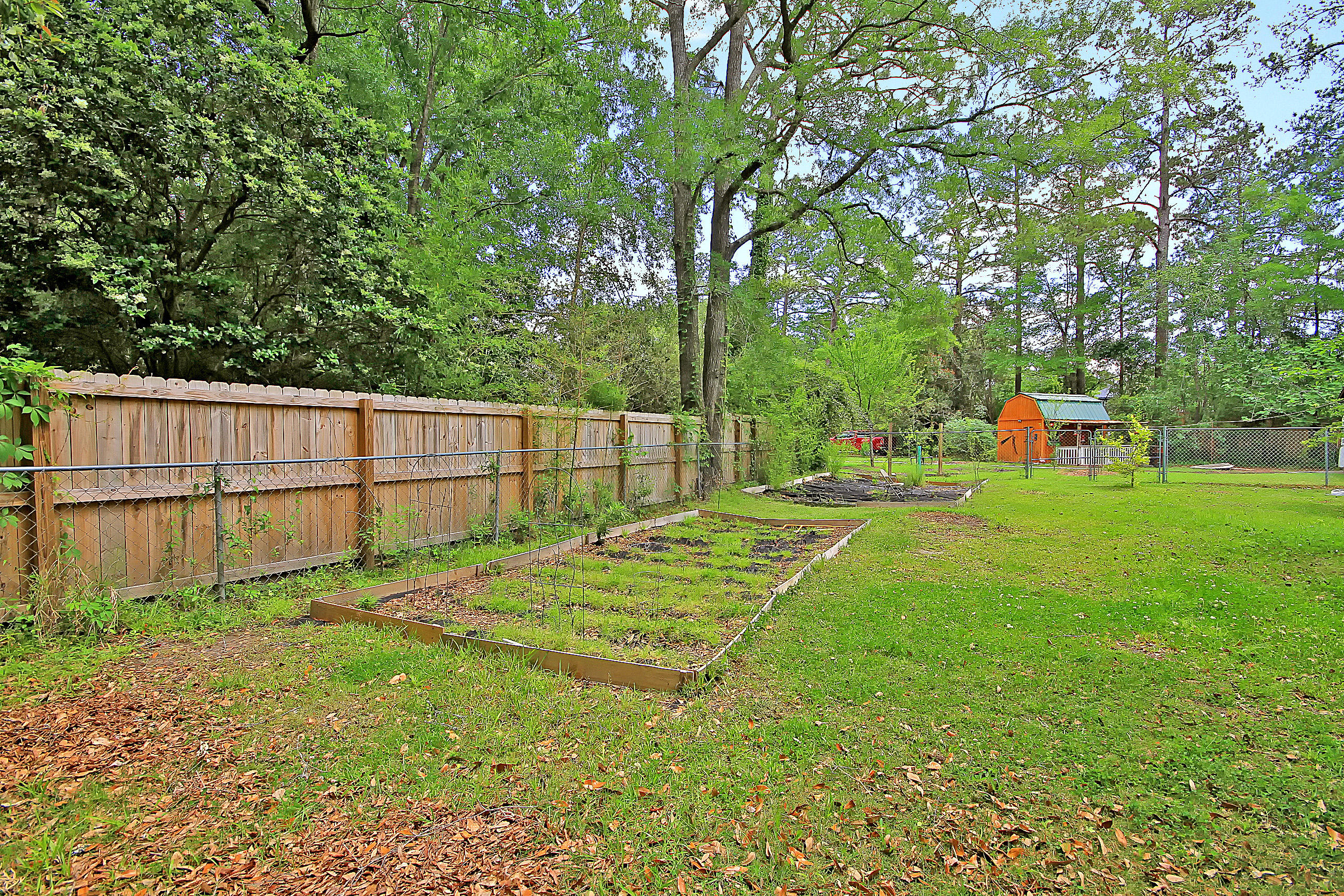 Millwood Homes For Sale - 201 Wilson, Summerville, SC - 11