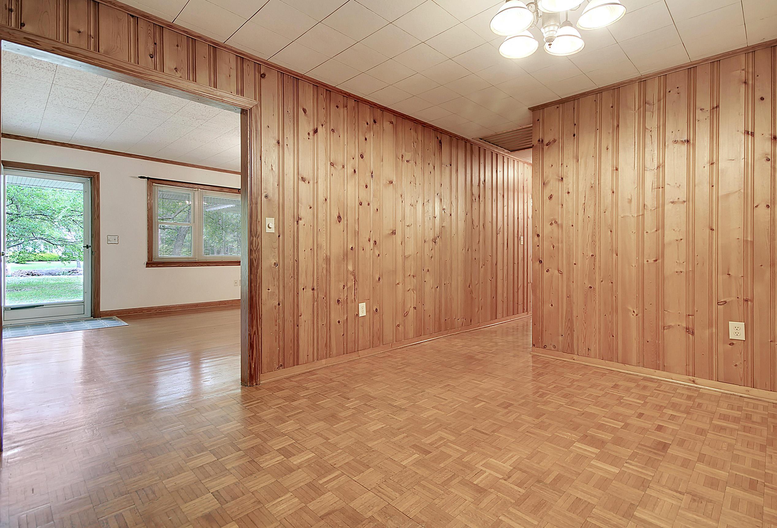 Millwood Homes For Sale - 201 Wilson, Summerville, SC - 27