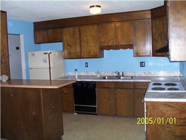 Crossgate Homes For Sale - 7605 Crossgate, North Charleston, SC - 2