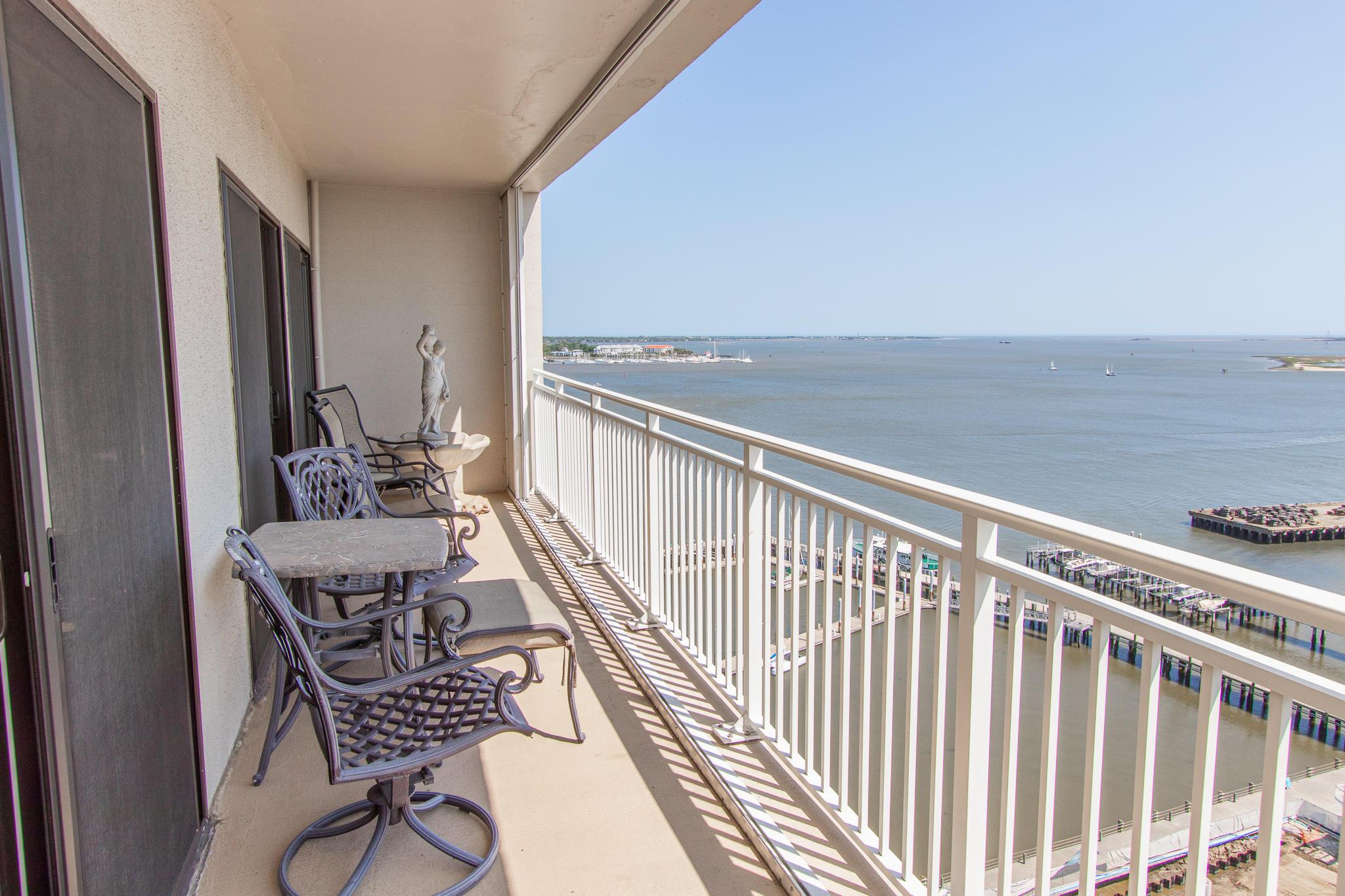 Dockside Homes For Sale - 330 Concord, Charleston, SC - 83