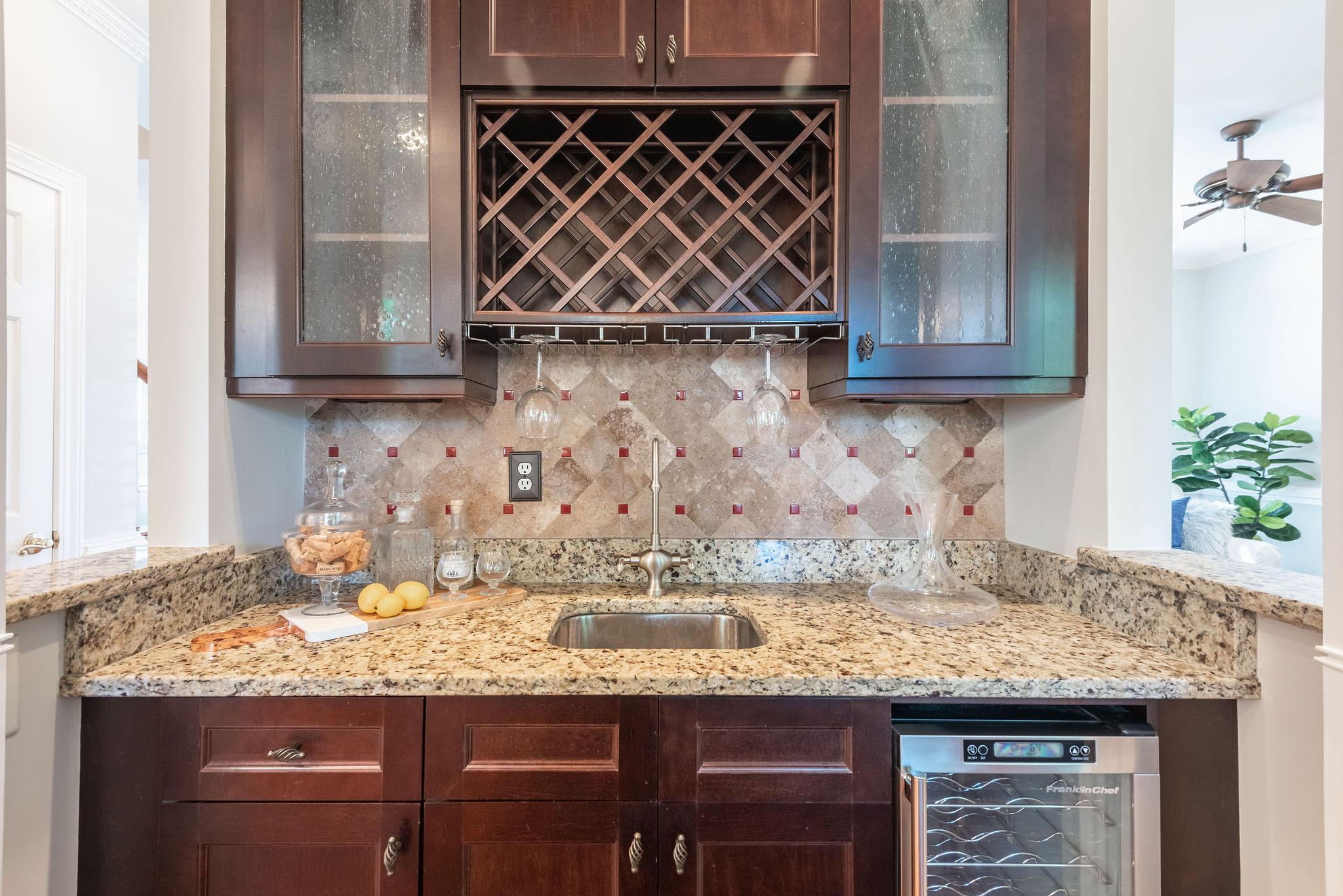 Lakeshore Homes For Sale - 1328 Southlake, Mount Pleasant, SC - 20