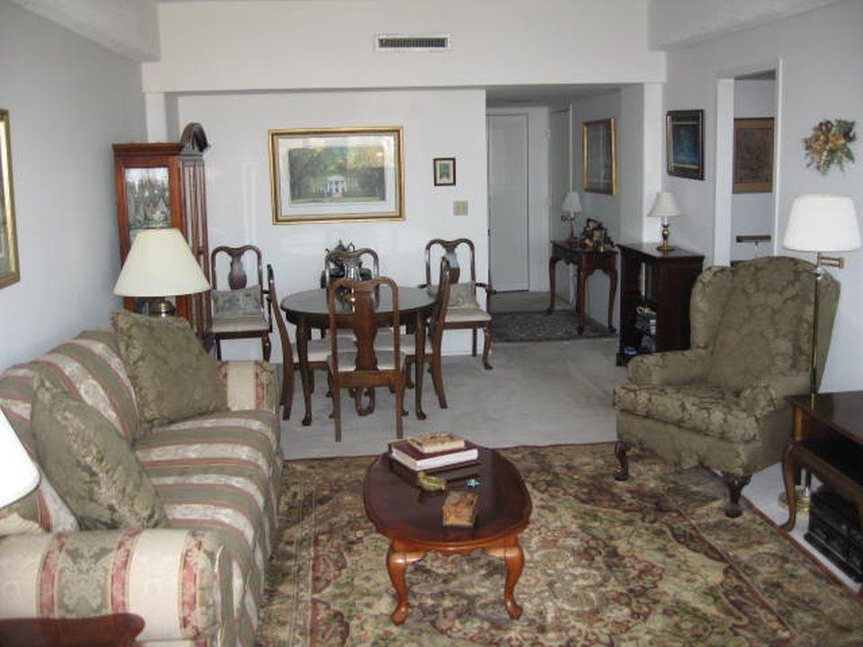 Ashley House Homes For Sale - 14 Lockwood, Charleston, SC - 3