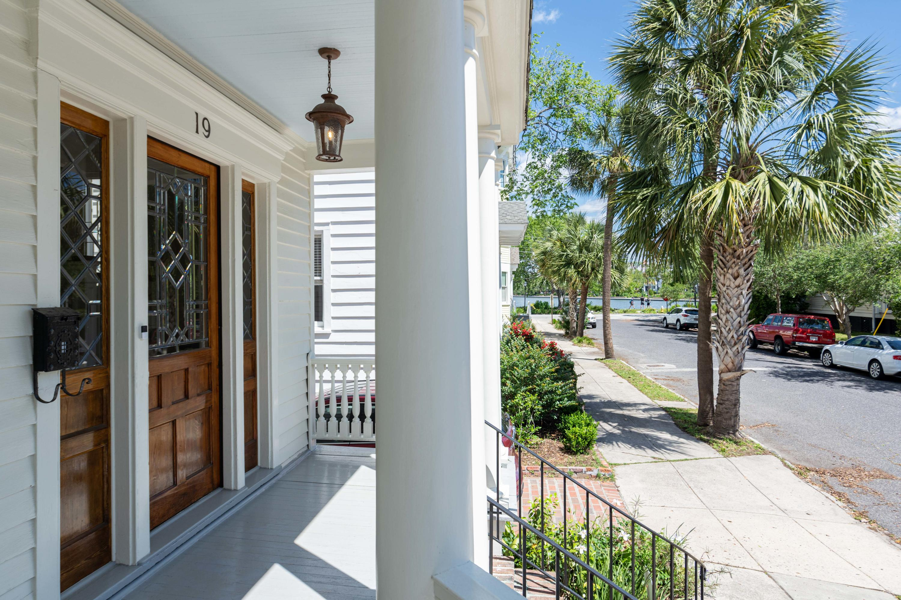 South of Broad Homes For Sale - 19 Colonial, Charleston, SC - 17